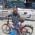 Tenemos bicis plegables (foldable) en el barco.